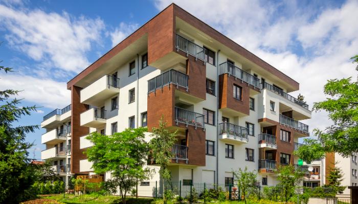 sälja lägenhet årstid sommar