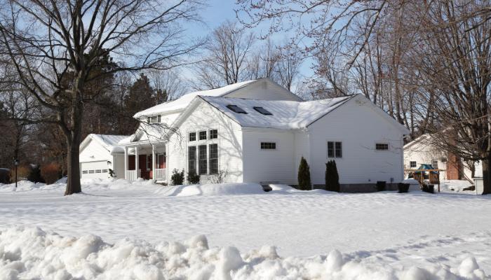 Hus på vintern