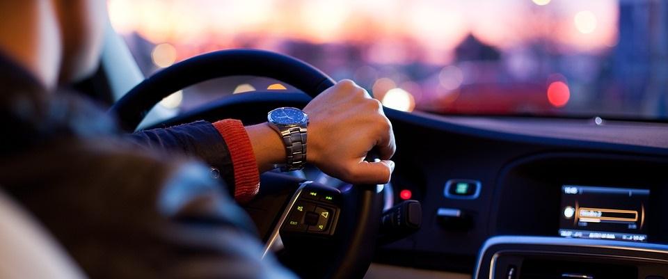 Avdrag för resor med bil till arbete
